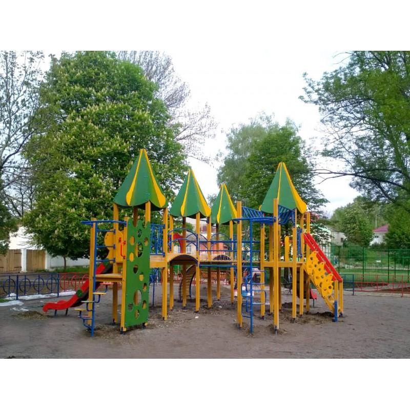 """Для дітей у м.Ямпіль Вінницької області був встановлений Ігровий комплекс """"Синьогора"""" від торгової марки дитячих ігрових майданчиків Happyplay"""